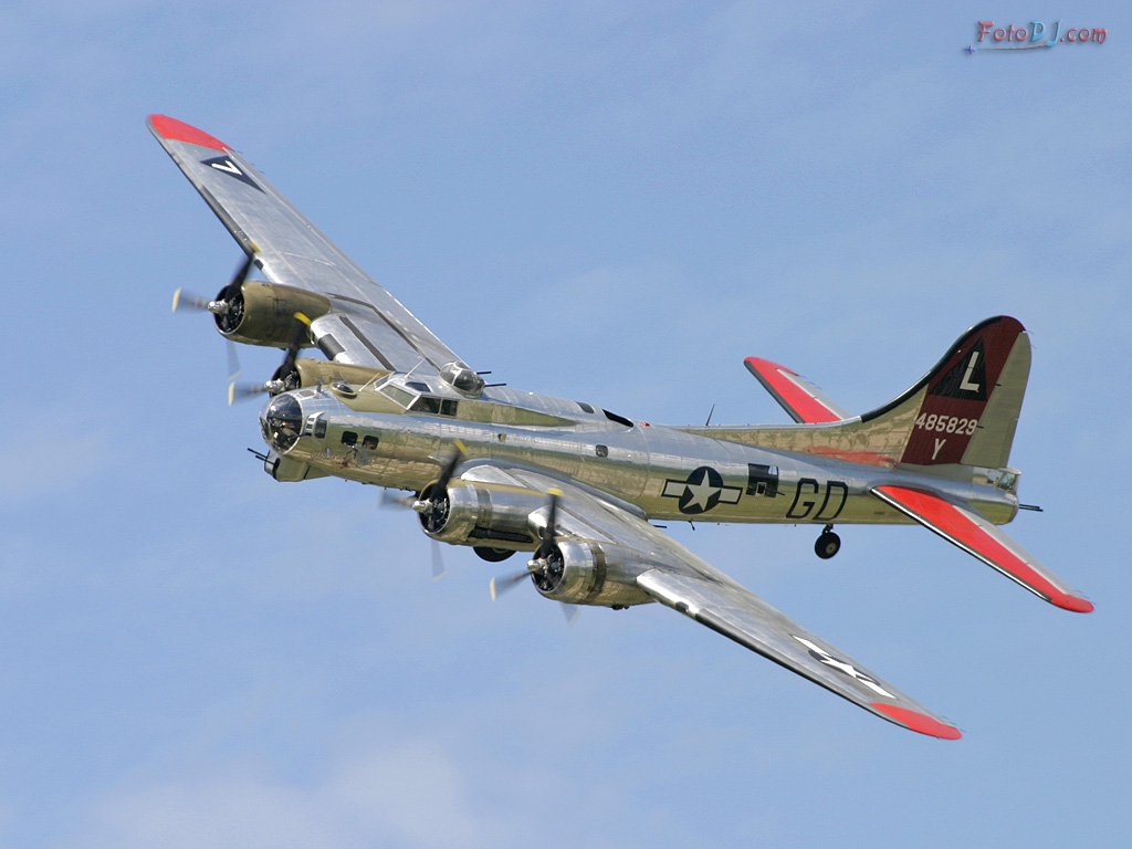 B 17g Flying Fortress Willow Run 2004